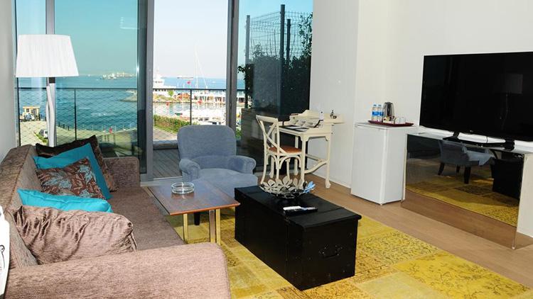Отели Стамбула 4 звезды на берегу моря с открытым бассейном: Ataköy Marina Park Hotel