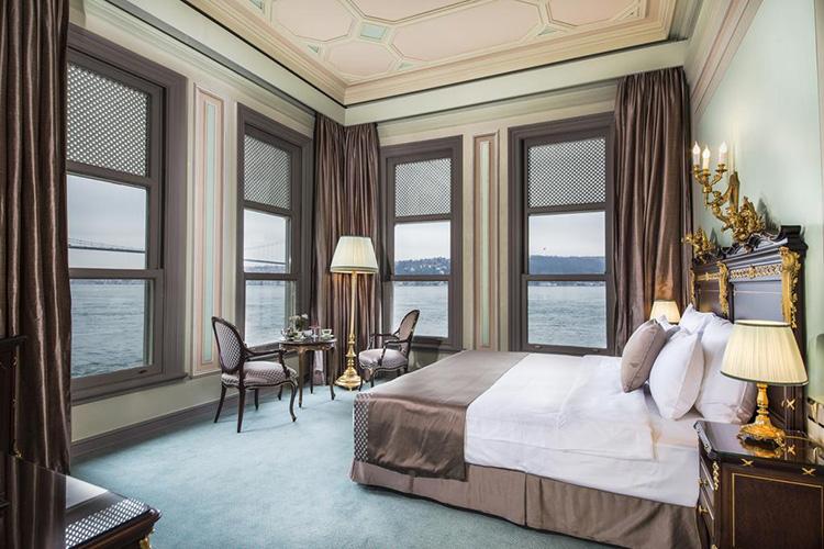 Отели Стамбула 4 звезды с видом на море: Bosphorus Palace Hotel