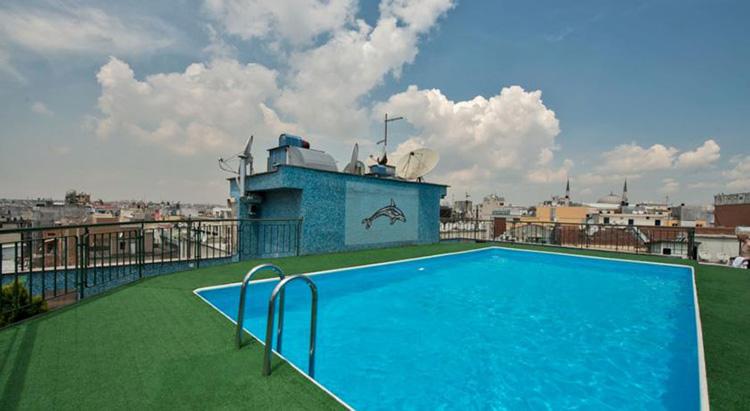 Отели в центре Стамбула с бассейном на крыше: Laleli Gonen Hotel.
