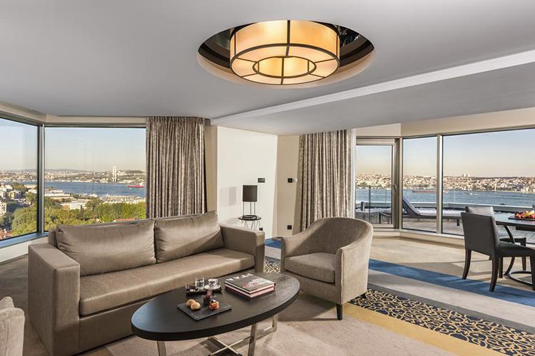 Отели Стамбула с панорамным видом в центре города: Swissotel The Bosphorus