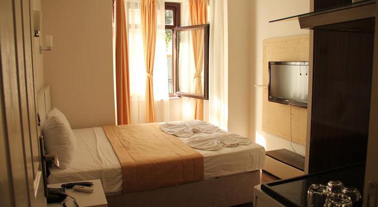 Отели Стамбула, где разрешено размещение и проживание с домашними животными: Taksim Square Hot Residence