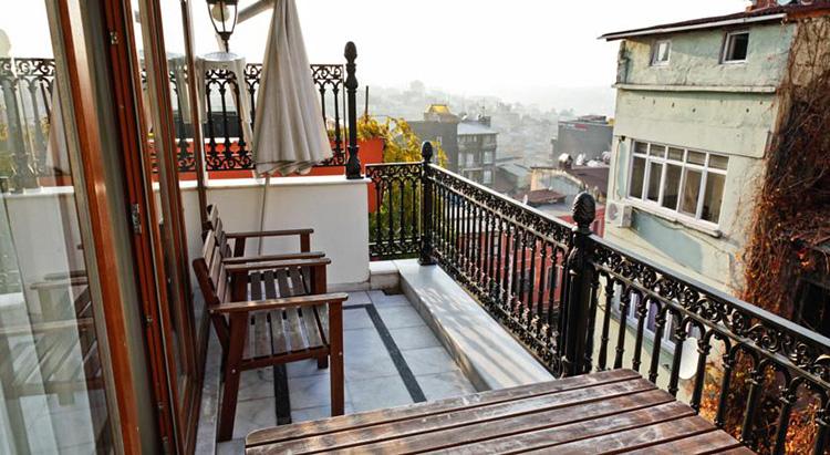 Отели Стамбула (Турция) в районе Таксим: Eagle Residence Taksim
