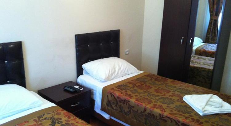 Недорогие отели в центре Стамбула 3 звезды с завтраками: Ercan Inn Hotel.