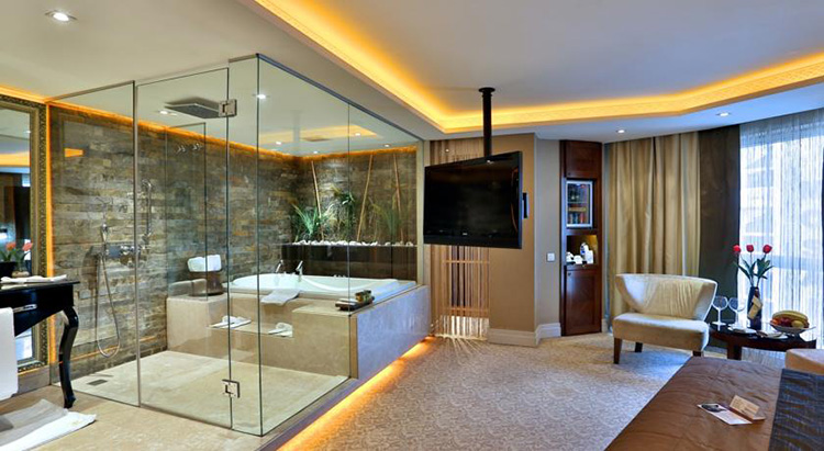 Отели Стамбула в районе Лалели с бассейном: Hotel Zurich Istanbul
