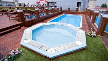 Отели Стамбула в районе Лалели с бассейном: Klas Hotel