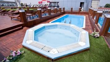 Отели Стамбула в районе Лалели с бассейном. На фото – Klas Hotel.