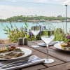 Отели Стамбула 5 звезд у моря: Novotel Istanbul Bosphorus