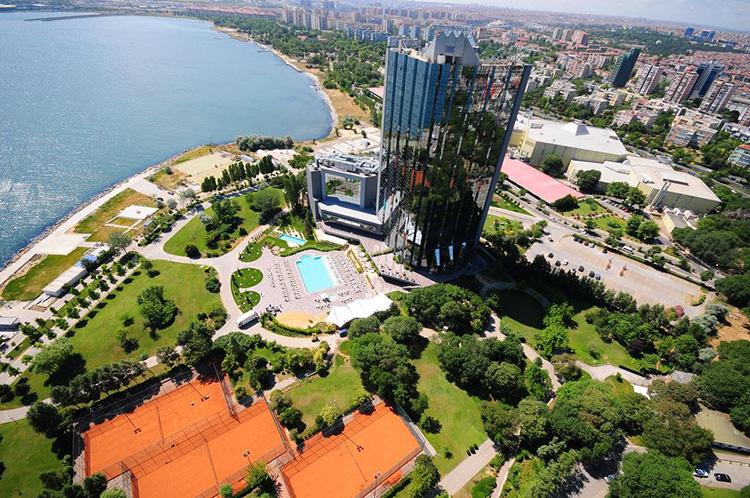 Отели Стамбула 5 звезд у моря. На фото: Sheraton Istanbul Atakoy Hotel