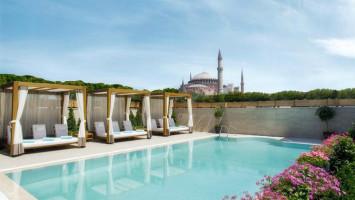 Отели Стамбула с бассейном в районе Султанахмет: Sura Hagia Sophia Hotel