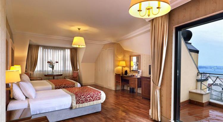 Отели Стамбула в районе Таксим: Taksim Metropark Hotel