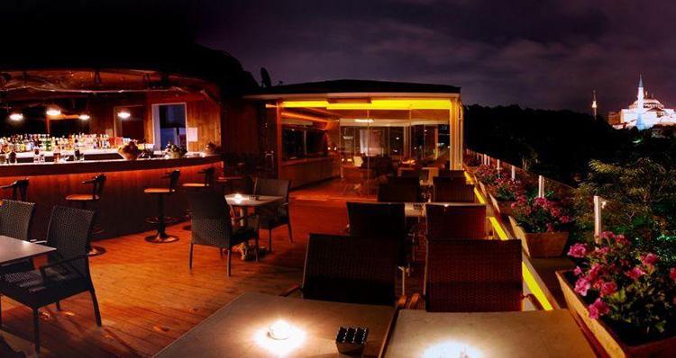 Отели Стамбула (Турция) с бассейном в районе Султанахмет: Yasmak Comfort Hotel