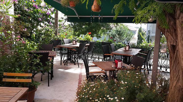 Недорогие отели на Принцевых островах Стамбула: Buyukada Anastasia Meziki Hotel