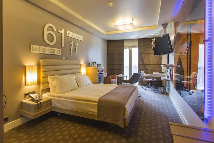 Отели 4 звезды в центре Стамбула: The Peak Hotel.