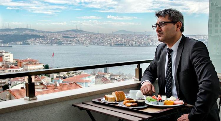 Недорогие гостиницы Стамбула с видом на Босфор